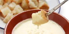 The biggest trick to making great fondue is creating a cheesy-gooey texture that is just right for dipping. Try this brie and champagne fondue. Vegetarian Christmas Recipes, Holiday Recipes, Swiss Fondue, Fondue Cheese, Tapas, Fondue Party, Eat Seasonal, Pesto Dip, Appetizer Recipes