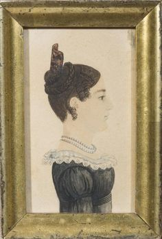 RUFUS PORTER (1792-1884). MINIATURE PROFILE PORTRAIT OF A YOUNG WOMAN WEARING A DRESS TRIMMED WITH LACE COLLAR, HER HAIR IN A TORTOISESHELL ...