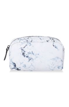 Should you be looking for purse to purchase therefore kristin spectator leather hobo is definitely the one to suit your needs , they . Primark, Custom Makeup Bags, Personalized Makeup Bags, Custom Tote Bags, Cute School Supplies, Pencil Bags, Makeup Case, Cute Bags, Backpack Purse