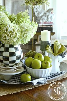 EARLY FALL AND GREEN APPLES... A KITCHEN VIGNETTE - StoneGable