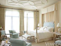 Villa Perfecta: A Palm Beach Refuge. The ceiling and headboard.
