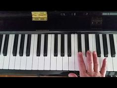 Piano Course Learn Piano Online is Fun for Beginner Students. Razor sharp training videos quickly teach notes, how to read music, how to count and how to play easy piano piece within just a few hours. Beginner Piano Lessons, Music Lessons, Piano Cords, Jazz, Piano Scales, Music For Studying, Easy Piano Sheet Music, Best Piano, Keyboard Piano