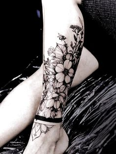 Gorgeous And Stunning Ankle Floral Tattoo Ideas For Your Inspiration; - Gorgeous And Stunning Ankle Floral Tattoo Ideas For Your Inspiration; Ankle Tattoos Ideas for Women - Ankle Cuff Tattoo, Ankle Tattoos For Women Anklet, Ankle Tattoo Cover Up, Anklet Tattoos, Ankle Tattoo Small, Armband Tattoo, Cover Tattoo, Leg Tattoos, Womens Ankle Tattoos