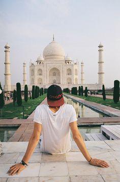 Taj Mahal with Jack or Finn Harries? #guys #street #fashion #menswear #style #streetstyle #australian #summer #tshirt #shirt #cap #hat #oakley