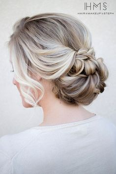 relaxed wedding hair ideas #weddinghair