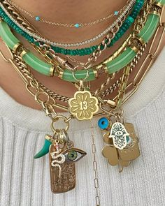 Funky Jewelry, Hippie Jewelry, Cute Jewelry, Beaded Jewelry, Jewelry Accessories, Jewelry Necklaces, Jewelry Trends, Accesorios Casual, Mode Outfits