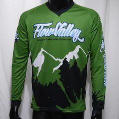Das FlowValley Langarm-Freerideshirt Performance, aus robustem und atmungsaktivem RR ToughJam,  ist der richtige Begleiter für Bergradfahrer.