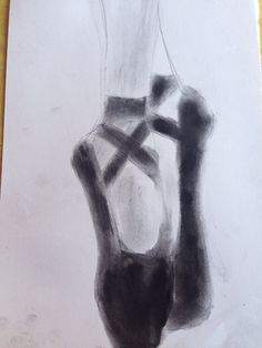 Drawing with charcoal is so much fun and easy!!