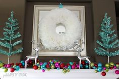 DIY Wreath Made from Coffee Filters >> http://diy.roomzaar.com/rate-my-space/Holidays/DIY-Holiday-Wreath/detail.esi?oid=29915191=pinterest