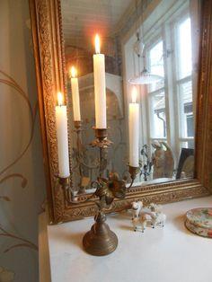 Fransk Kyrkoljusstake finns att köpa inne i min butik fagel-blabutik.se