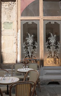 ❤❤❤ Copyrights unknown. French café.