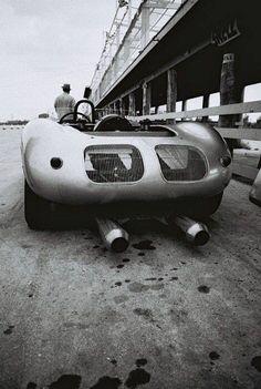 Cans for days. Porsche 550, Porsche Classic, Classic Cars, Sports Car Racing, Race Cars, Nascar, Porsche Replica, Porsche Motorsport, Gilles Villeneuve
