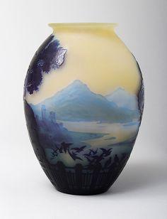 Emile Gallé cameo glass Lake Como vase, circa 1900. #EuropeanAntiques #Galle