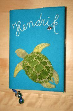 felt cover for notebook with turtle - vilten omslag voor tekenboek met schildpad
