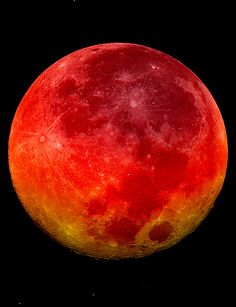 A beautiful blood moon, which is a total lunar eclipse. #Moon