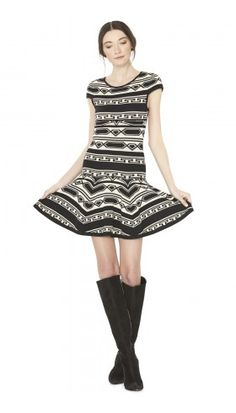 DARBY SHORT SLEEVE KNIT DRESS | Alice + Olivia | Apparel & Accessories > Clothing > Dresses > Day Dresses