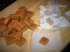 Heute zeige ich Euch wie Ihr zu Hause leckere Karamellbonbons selber machen könnt. Klebrig und Süß, ideal zum selber nachen oder als Mitbringsel. Für das Rez...