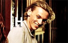 #gif_of_jamie Campbell Bower