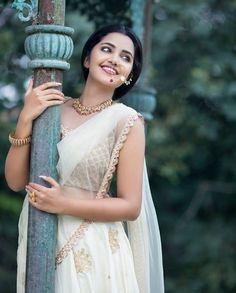 South Indian actress Anupama Parameswaran new photo gallery. Latest picture gallery of actress Anupama Parameswaran. Girl Photo Poses, Girl Photography Poses, Girl Poses, Photo Shoot, Indian Photoshoot, Saree Photoshoot, Photoshoot Pics, Sonam Kapoor, Deepika Padukone
