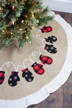 Mitten Christmas Tree Skirt | Red & Black Buffalo Plaid