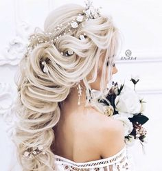 @♡ѕвaвee3333 Wedding Hairstyles For Long Hair, Wedding Hair And Makeup, Bride Hairstyles, Pretty Hairstyles, Bridal Hair, Romantic Wedding Hair, Long Hair Wedding Styles, Wedding Hair Inspiration, Hair Pieces