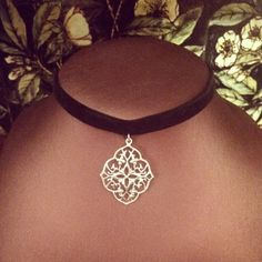 Zara Taylor Filigree Choker ($12) ❤ liked on Polyvore featuring jewelry, necklaces, accessories, choker, vintage jewelry, pendant choker necklace, vintage necklaces, long choker necklace and vintage pendant necklace