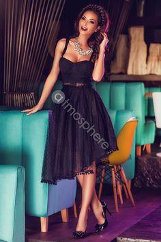 Rochie baby-doll dantela si tul cu buline Rn 530 Big Dresses, Knee Length Dresses, Dress Outfits, Grey Fashion, High Fashion, Womens Fashion, Glamorous Dresses, Beautiful Dresses, Atmosphere Fashion