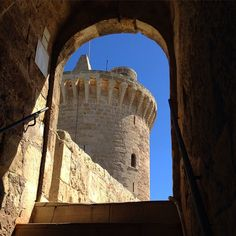 Great half day excursion with the family to the Bellver Castle - Palma de Mallorca. Spain