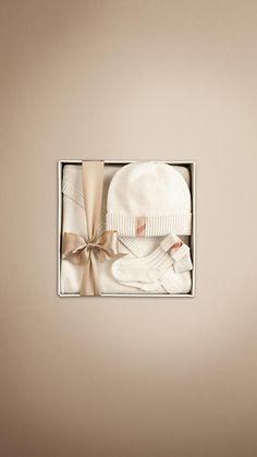 New Born Cashmere Gift Set | Burberry