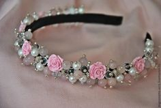 Tiara de perlas y rosas hermosas para bebé
