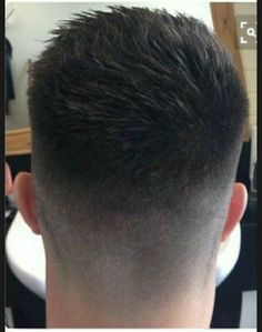 View the best mens hairstyles from Charlemagne Premium male.charlemagne-p… View the best mens hairstyles from Charlemagne Premium male grooming and beard - Undercut Hairstyles, Hairstyles Haircuts, Haircuts For Men, Haircut Men, Long Undercut, Haircut Short, Low Fade Mens Haircut, Medium Fade Haircut, Shaved Undercut