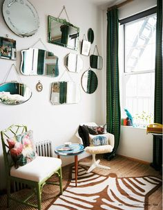 You can make a dramatic impact with a mirror gallery wall. These mirror gallery wall inspiration photos can planning pictures show how you can dramatically change a room by adding several strategically placed mirrors on a single wall. Room Inspiration, Interior Design, Mirror Gallery, Home, Interior, Eclectic Interior, Decorating Your Home, Living Room Photos, Home Decor