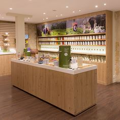 Nouveau concept retail Palais des Thés / par l'agence Ova Design