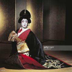 Theatre Kabuki, Bando Tamasaburo V in Japan in 1996 - Onnagata art (actor playing a female role): Bando Tamasaburo V plays a courtesan during her soloist show. Theatre of Uchiko.