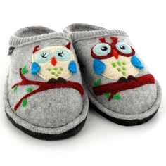 Papuci femei Haflinger lână - Flair Olivia Stone Grey Melange Super Cute Animals, Cute Owl, Animal House, Wool Felt, Green And Grey, To My Daughter, Baby Shoes, Strawberry Flan, Fruit Flan