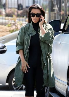 Kim Kardashian Photos Photos - Members of the Kardashian clan go to a roller skating rink in Los Angeles to film an episode of 'Keeping Up With The Kardashians' on April 01, 2016. - The Kardashians Film at a Roller Rink