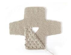 How do I create a knitted kimono baby jacket? , How to make a Knitted Kimono Baby Jacket – Free knitting Pattern & tutorial , Knit Source by mikkipon Baby Cardigan Knitting Pattern Free, Baby Sweater Patterns, Knitted Baby Cardigan, Knit Baby Sweaters, Baby Patterns, Knitting For Kids, Free Knitting, Cardigan Bebe, Kimono Pattern