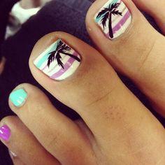 Beach Toe Nail Design
