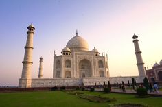 World Traveler, Travel Quotes, Us Travel, Travel Pictures, The Great Outdoors, Photo Credit, Taj Mahal, Places To Go, Road Trip