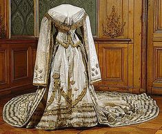 1873 Coronation dress of Sophia of Sweden (Royal Armory and Hallwyl Museum)