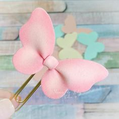 Crafts For Kids, Diy Crafts, Flower Hair Accessories, Flowers In Hair, Hair Clips, Fondant, Craft Projects, Butterfly, Baby Shower