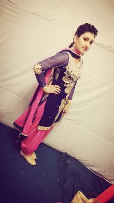 Love the embroidery on this suit!! #anmolgaganmaan #punjabisinger #punjabi