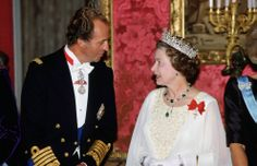 King Juan Carlos of Spain announced his decision to step down from the throne on Monday, bringing the curtain down on a reign of 39 years.The monarch has strong links to the British royal family. He is the great-great-grandson of Queen Victoria and is a distant cousin of Queen Elizabeth.