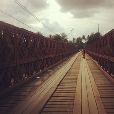 On the road Vargas Prabang O'Reilly Luang Prabang, Laos, Coups, Railroad Tracks, Bridge, Sidewalk, Viajes, Places, Bridge Pattern
