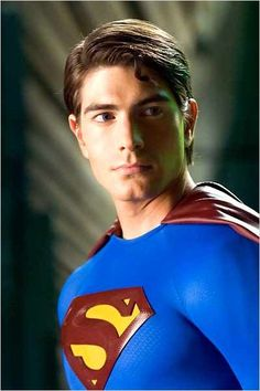 Brandon Routh as the title character in Superman Returns, costarring Kate Bosworth, James Marsden and Kevin Spacey. Fotos Do Superman, Superman Photos, Superman Movies, Superman Family, Dc Movies, Superman Superman, Superman Actors, Superman Stuff, Batman