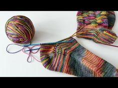 Neuen : Sokken Knit * Super Easy Socks From Above * Deel 3 * The Heel – YouTub … , … – socken stricken Knitting Videos, Easy Knitting, Knitting Socks, Knitting Patterns, Crochet Patterns, Knit Socks, Crochet Coat, Knitted Slippers, Socks