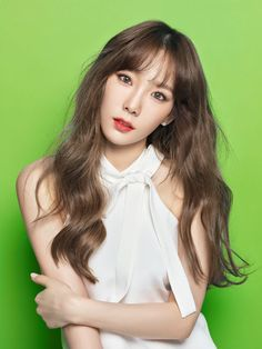 SNSD TaeYeon's charming pictures from banila co.