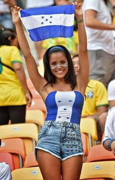 A German fan waits for the start of the Group G football match between Germany and Ghana at the Castelao Stadium in Fortaleza during the 2014 FIFA World Cup on… Hot Football Fans, Football Cheerleaders, Football Girls, Girls Soccer, Soccer Fans, Soccer World, Sporty Girls, Football Match, Hot Fan