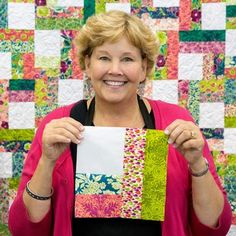 Watch as Jenny teaches you to create this too cute to boot Two Step Quilt! Watch as Jenny teaches you to create this too cute to boot Two Step Quilt! Missouri Quilt Tutorials, Quilting Tutorials, Quilting Projects, Sewing Projects, Msqc Tutorials, Quilting Ideas, Jenny Doan Tutorials, Quilting Patterns, Fabric Patterns