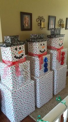 Creative Christmas Wrapping Ideas for Kids Creative Christmas Wra. Creative Christmas Wrapping Ideas for Kids Creative Christmas Wrapping Ideas for Kids Christmas Crafts Pi. Unique Christmas Gifts, Christmas Gift Wrapping, Homemade Christmas, Diy Gift Ideas For Christmas, Ideas For Christmas Gifts, Diy Christmas Home Decor, Family Gift Ideas, School Christmas Gifts, Unique Gifts For Kids